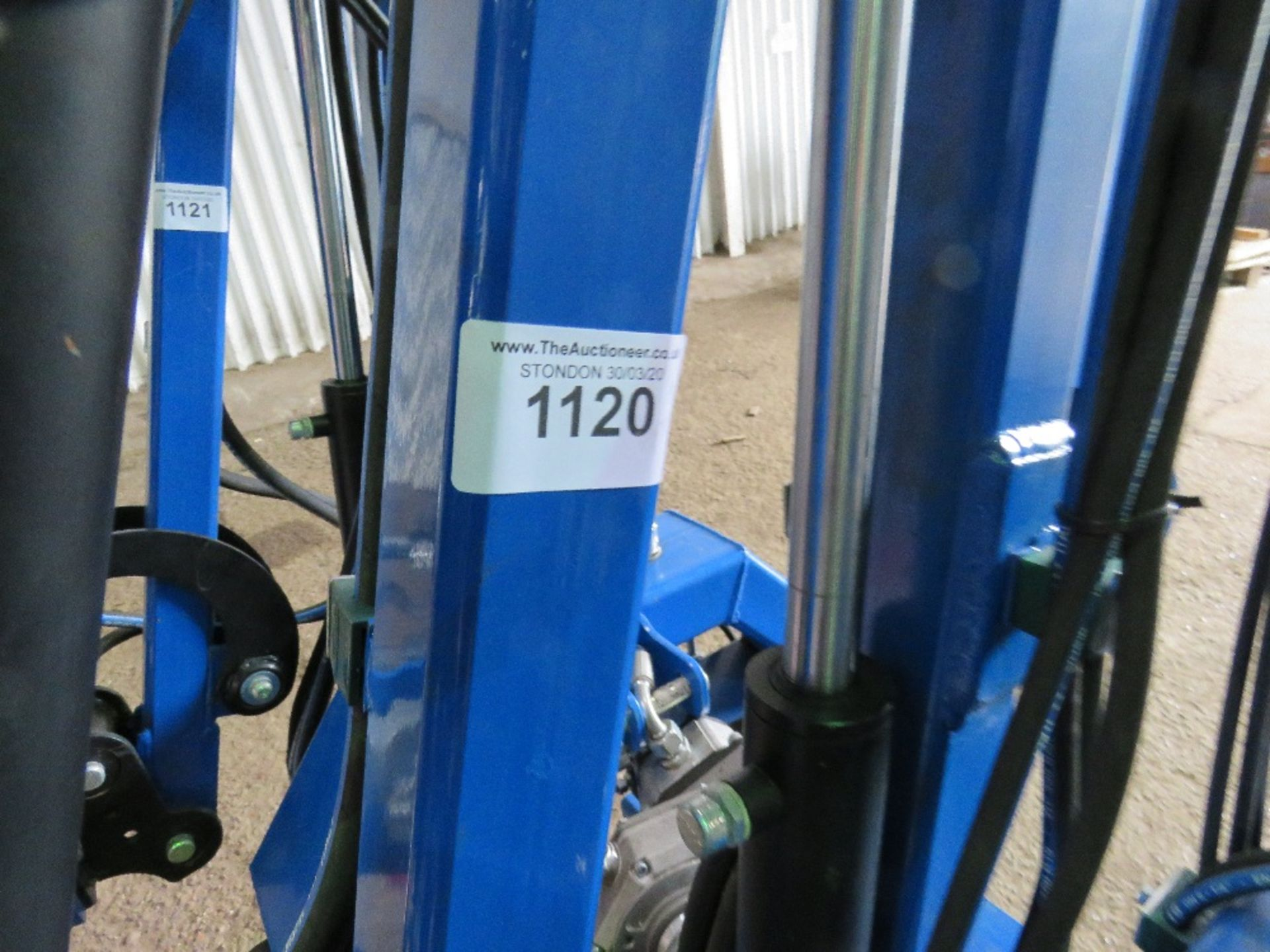 Lot 1120 - SPITFIRE CTH1300 TRACTOR MOUNTED SIDE ARM HEDGE CUTTER,