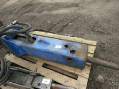 Atlas Copco XT300 5tonne hydraulic excavator breaker on 45mm pins
