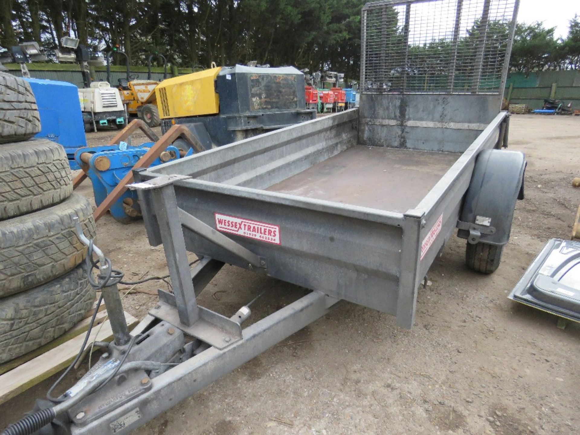 Lot 203 - WESSEX 1800KG RATED SINGEL AXLED TRAILER 8FT X 4FT APPROX WITH DROP REAR RAMP. SN:6269501
