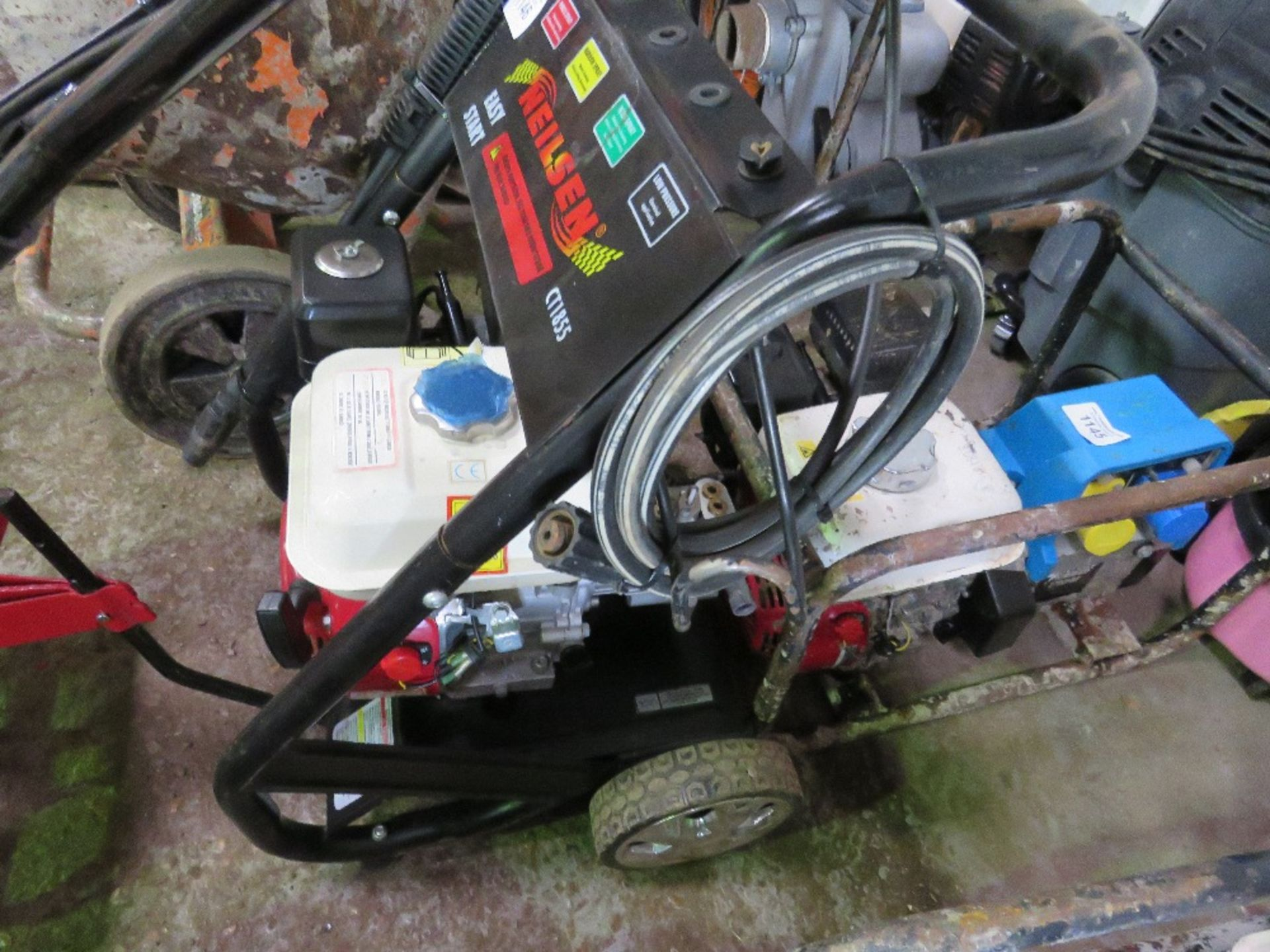 Lot 1146 - NIELSEN PETROL ENGINED POWER WASHER
