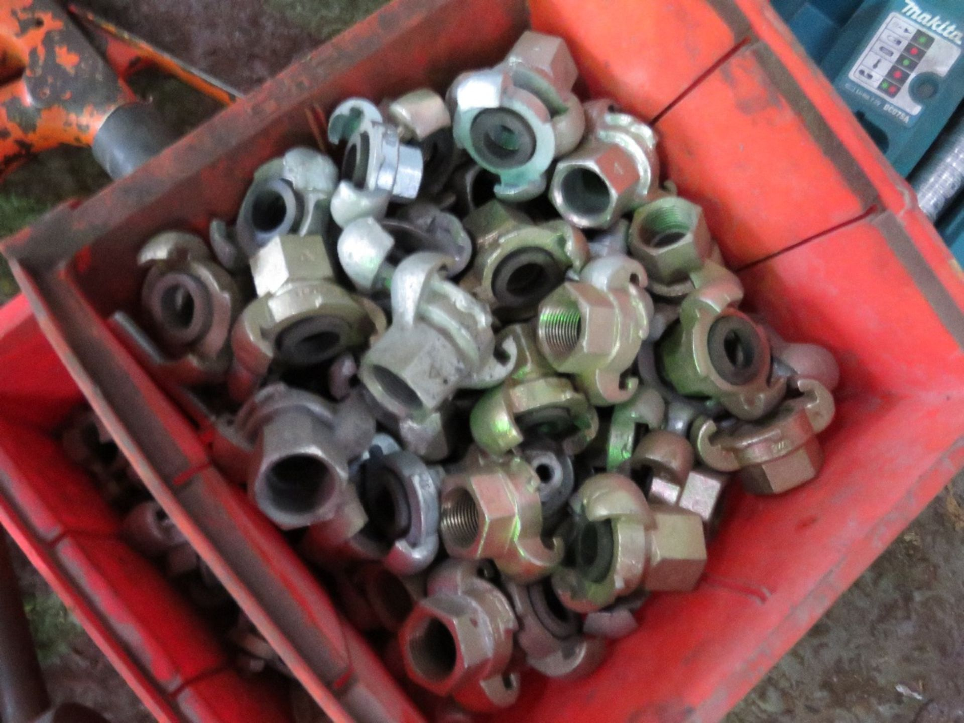 Lot 799 - 2no. Trays of air couplings