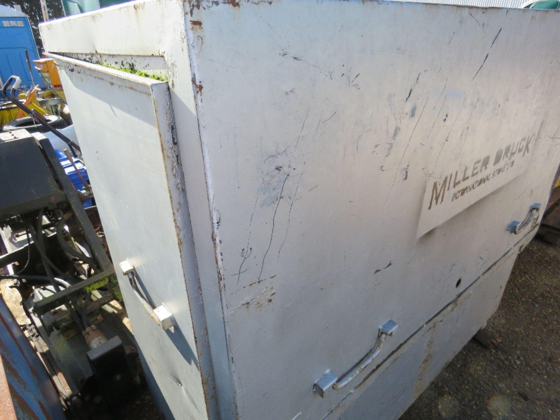Lot 14 - Large tool safe, no keys