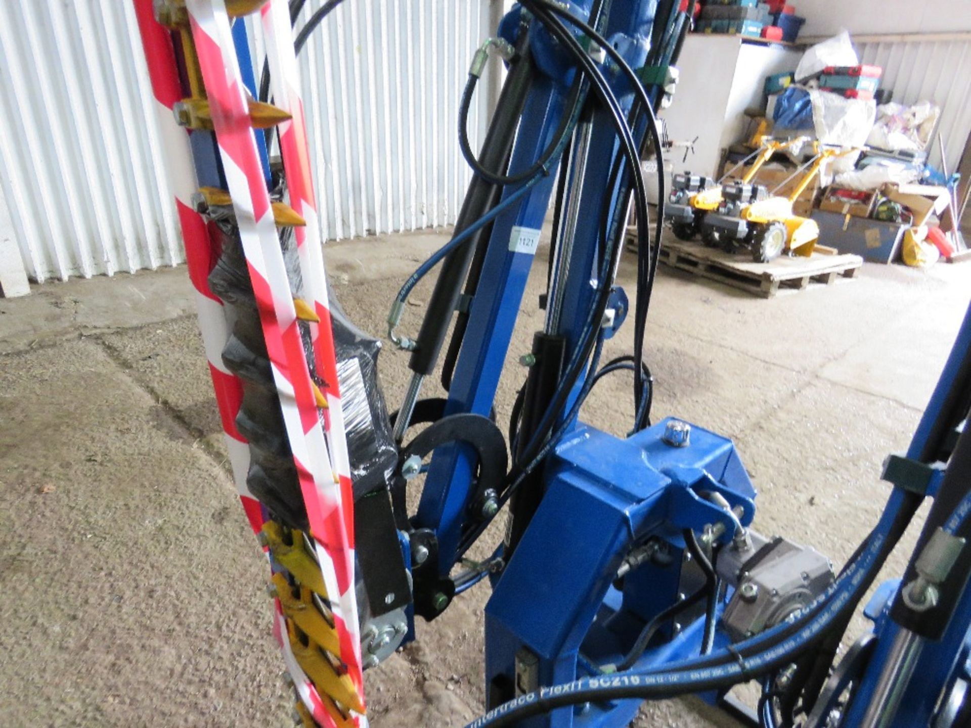 Lot 1121 - SPITFIRE CTH1300 TRACTOR MOUNTED SIDE ARM HEDGE CUTTER,
