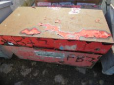 Tool box c/w contents, no keys, ex company liquidation