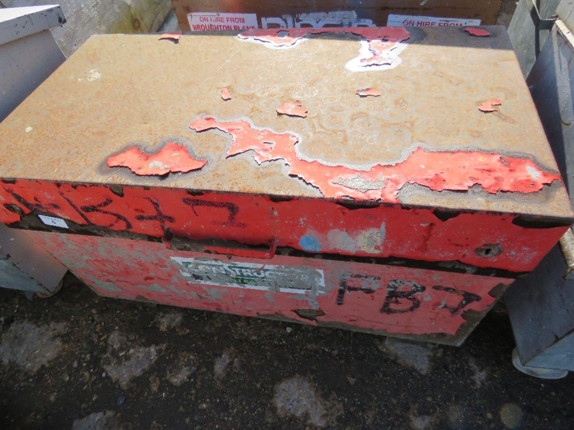 Lot 6 - Tool box c/w contents, no keys, ex company liquidation