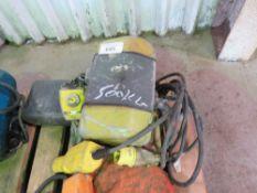 YELLOW 110V 500KG RATED GANTRY HOIST, UNTESTED