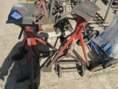 2X SOMMERS HEAVY DUTY AXLE STANDS sourced from company liquidation