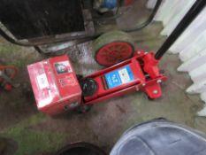 2.25 TONNE RATED TROLLEY JACK plus set of 3tonne axle stands
