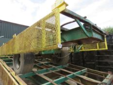 SINGLE AXLED AGRICULTURAL POTATO 6 BOX TRAILER ON SUPER SINGLE WHEELS, 17FT BODY APPROX. IDEAL FOR H