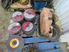 LARGE QUANTITY OF ASSORTED CUTTING AND GRINDING DISCS