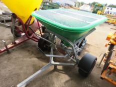 GREEN TOWED SALT SPREADER