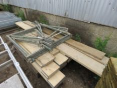 PALLET OF SCAFFOLD BOARDS PLUS SUPPORT STANDS