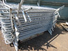 32 x approx steel pedestrian barriers................................... ADDITIONAL TERMS: All items