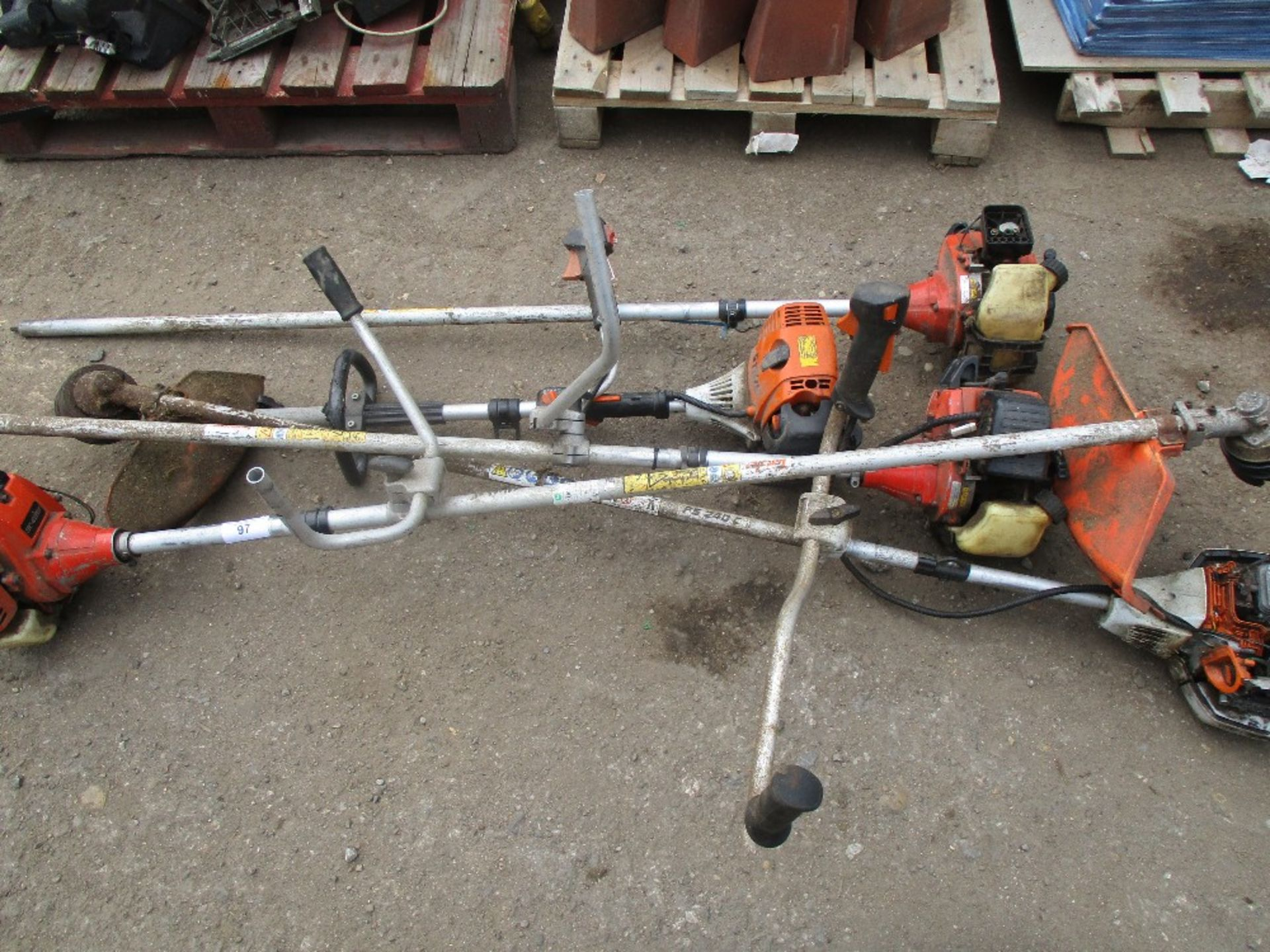 Lot 97 - 5 X STRIMMERS FOR SPARES/REPAIR....SOURCED FROM MALDON COUNCIL