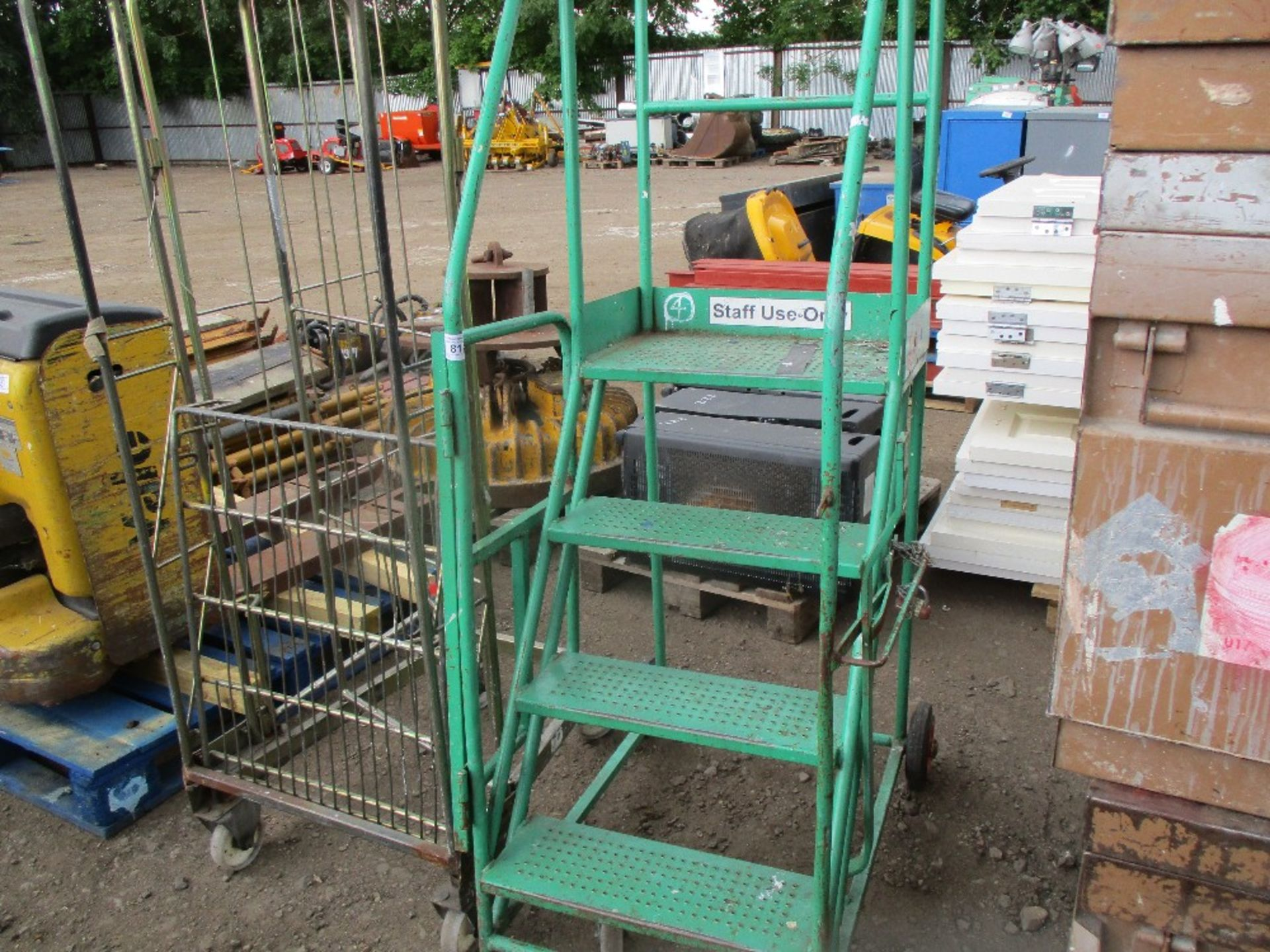 Lot 81 - WHEELED STEPS PLUS CAGED TROLLEY