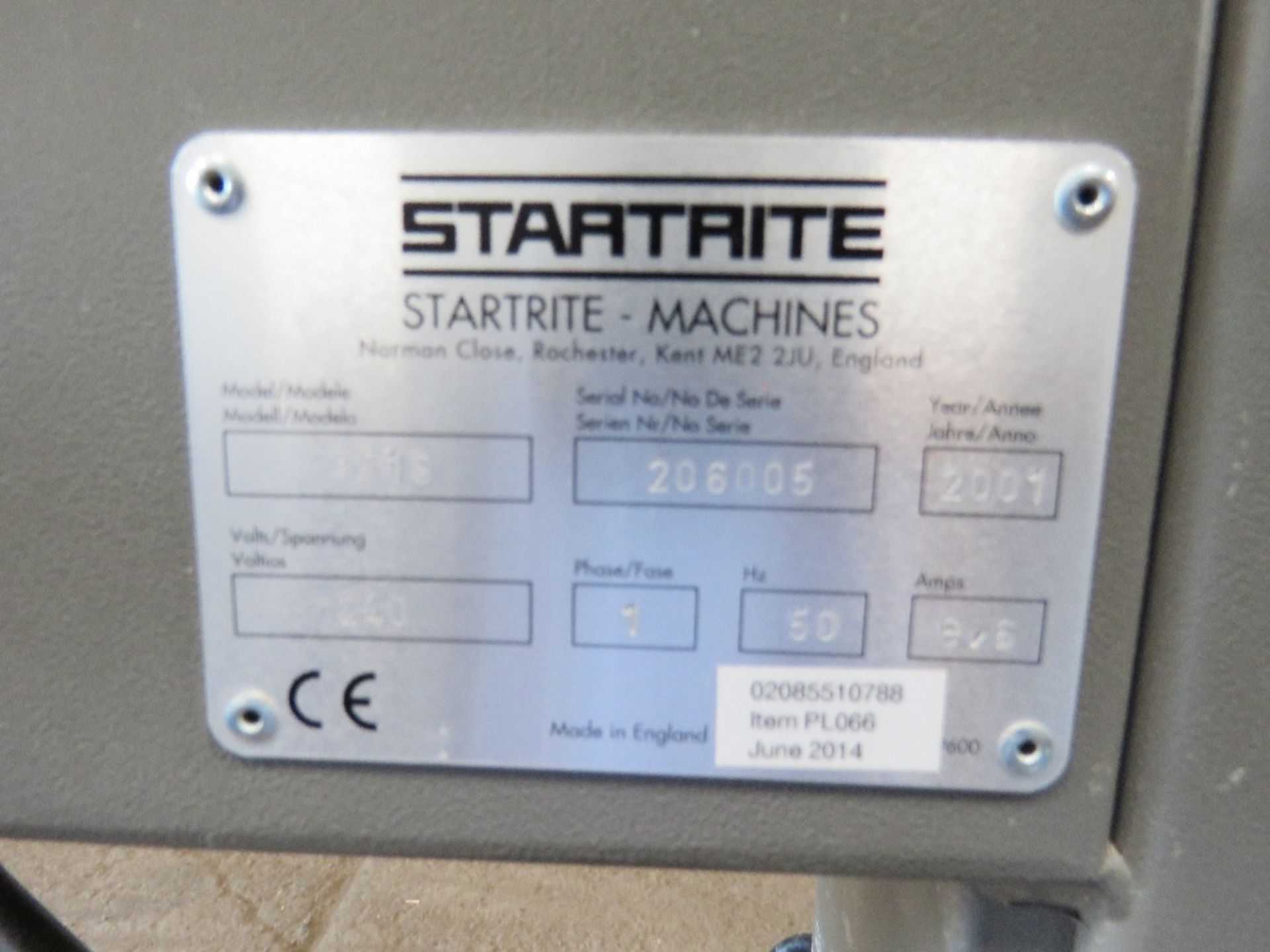 Lot 913 - STARTRITE 351S BANDSAW UNIT WITH EXTRACTION UNIT....EX COMPANY LIQUIDATION YEAR 2001