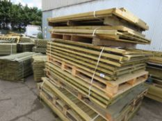 26 X APPROX ASSORTED TIMBER FENCING PANELS