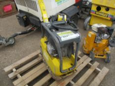 WACKER NEUSON DPU2540H DIESEL COMPACTION PLATE YEAR 2017. WHEN TESTED WAS SEEN TO RUN BUT HANDLE IS