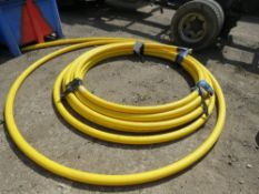ROLL OF HEAVY DUTY YELLOW PIPING