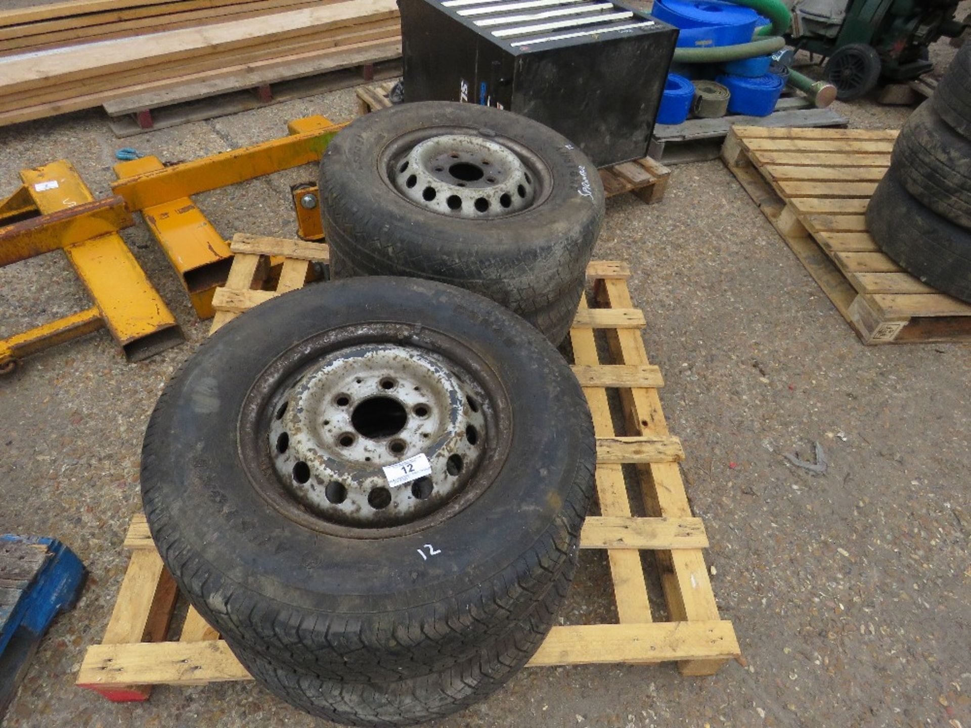 Lot 12 - 4 X MERCEDES SPRINTER WHEELS AND TYRES 225/70R15