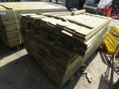 1 X BUNDLE OF FEATHER EDGE TIMBER CLADDING. 1.65M X 10CM SIZE