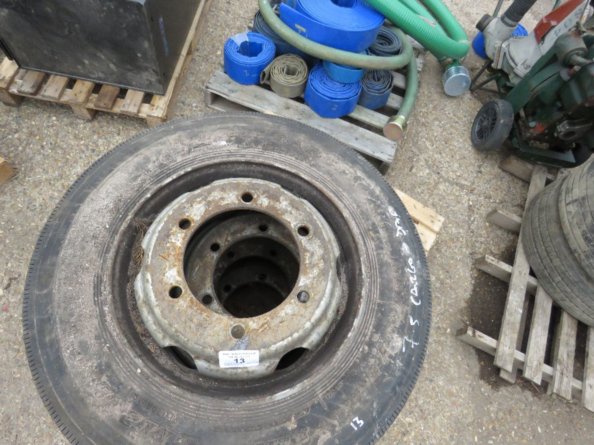 Lot 13 - 4 X DAF/CARGO 7.5TONNE LORRY WHEELS 215/75R17.5