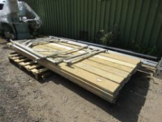 28 X SCAFFOLD BOARDS. 13FT LENGTH APPROX.PLUS FRAMES.