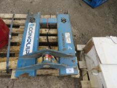 CONQUIP FORKLIFT CRANE ATTACHMENT, NO HOOK