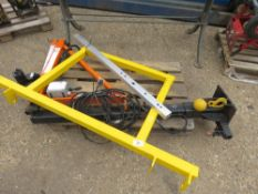 PENNY HYDRAULICS SWING LIFT CRANE UNIT. 250KG RATED C/W SAFETY RAIL, EX COMPANY LIQUIDATION