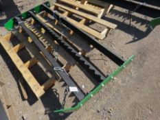 TOWED MENAGE LEVELER FOR QUAD BIKE OR COMPACT TRACTOR. WITH TOWING CHAIN, 5FT WIDE APPROX.
