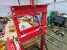 SEALEY 20TONNE RATED BEARING PRESS.