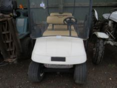 EZGO ELECTRIC POWERED 6 SEATER GOLF BUGGY. SN:2713860. WHEN TESTED WAS SEEN TO DRIVE, STEER AND BRA
