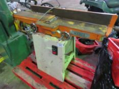 WARCO 240VOLT SMALL SIZED PLANER, WORKING WHEN REMOVED. SOURCED FROM WORKSHOP CLOSURE.