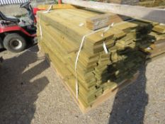 LARGE PACK OF 1.79M X 10CM FEATHER EDGE TIMBER (APPROX).