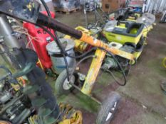 """COMPAC PHD PETROL ENGINED POST HOLE BORER WITH 6"""" AUGER, STRAIGHT FROM WORK. WHEN TESTED WAS SEEN TO"""