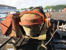 DIESEL HANDLE START CEMENT MIXER WITH HANDLE. WHEN TESTED WAS SEEN TO START RUN AND MIX.