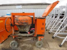BELLE LISTER ENGINED HANDLE START SITE MIXER. WHEN TESTED WAS SEEN TO RUN AND MIX. WITH HANDLE.
