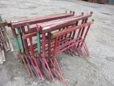 8 X SMALL SIZED. BUILDER'S TRESTLES.