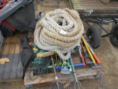 PALLET OF GARDEN TOOLS, SUNDRIES AND HEAVY ROPE.
