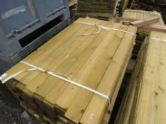 LARGE BUNDLE OF FEATHER EDGE TIMBER FENCE CLADDING @1.5M LENGTH X 10.5CM WIDE APPROX.