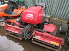 TORO REELMASTER 2300D 3218 REC HRS. TRIPLE MOWER. WHEN TESTED WAS SEEN TO DRIVE, STEER AND BLADES TU
