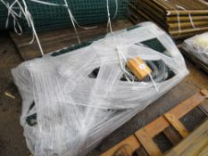 PALLET OF GREEN CHAINLINK AND RAZOR WIRE.