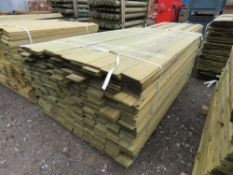 LARGE BUNDLE OF TIMBER FENCE CLADDING @1.75M LENGTH X 10CM WIDE APPROX.