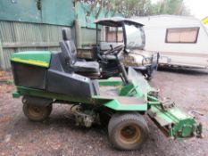 JOHN DEERE 500 TRIPLE MOWER. WHEN TESTED WAS SEEN TO DRIVE AND MOWERS TURNED.