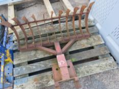 SMALL STONE RAKE 3FT WIDE APPROX TO SUIT 1.5TONNE EXCAVATOR. RETIREMENT SALE.