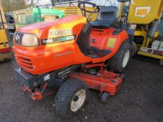 KUBOTA G21 RIDE ON TRACTOR MOWER. YEAR 2004. 1240 REC HRS. SN:10519. WHEN TESTED WAS SEEN TO DRIVE,