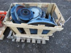 PALLET CONTAINING MORTOR FLANGES.