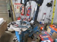 HOFFMANN 240V TYRE REMOVING STATION.