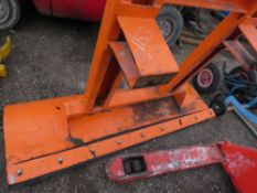 FORKLIFT MOUNTED SNOW PLOUGH BLADE.