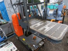 JLG AXXESSOR PERSONELL LIFT LIFT, SOURCED FROM SITE CLEARANCE, CONDITION UNKNOWN.